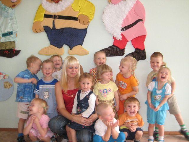 как воспитателю знакомиться с детьми в яслях